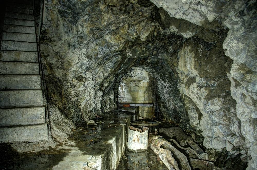 Subterranean (1/6)