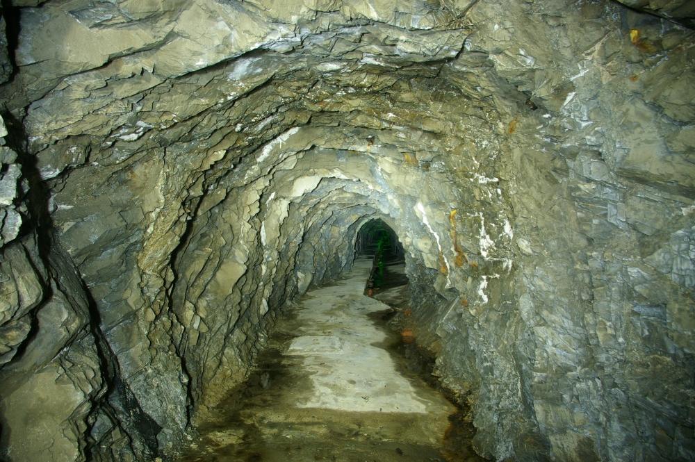 Subterranean (3/6)