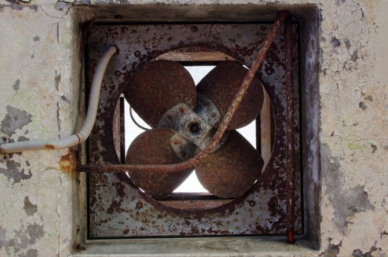 Rusy Extractor Fan