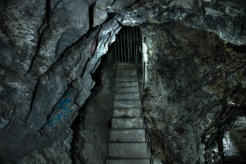 Subterranean (5/6)