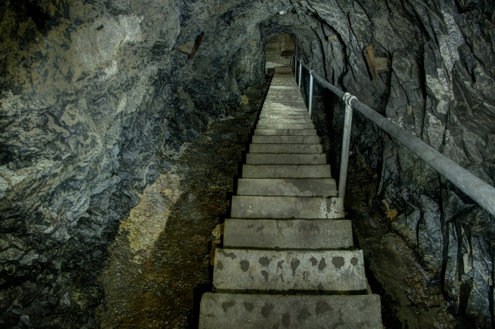 Subterranean (6/6)