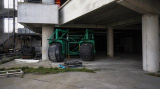 An old vehicle that used to keep the grounds under control.