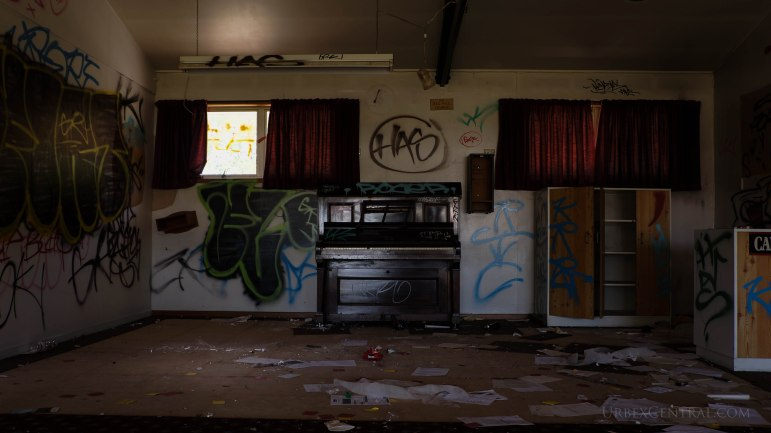 Abandoned Bowling Green, Christchurch, Urbex Central