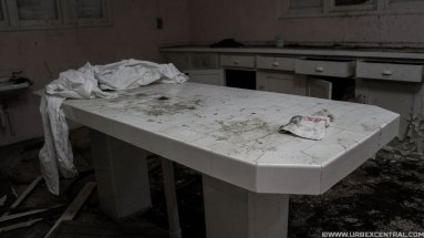 Abandoned Mental Hospital Morgue, New Zealand Urbex